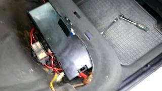 бМВ Е34 Как быстро отключить аккумулятор, который находится под сиденьем BMW E34