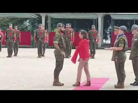 Margarita Robles preside el acto de condecoración a los militares que evitaron un atentado en Mali