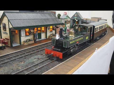 Steam In Beds 16mm SM32 Narrow Gauge Live Steam Garden Model Railway / Railroad Exhibition 2018