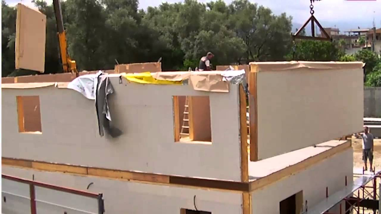 Costruzione casa in eco muratura 180 mq su 2 piani posa for Moderni disegni di case a due piani