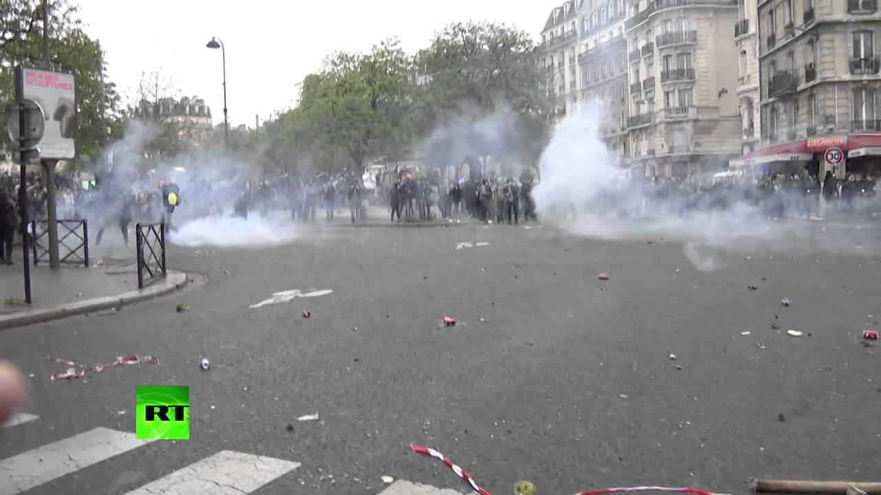 Сотрудник RT получила ранение в ходе протестов в Париже