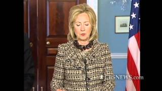 Gambar cover Clinton Updates on Robert Levinson and Alan Gross