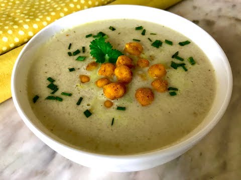 Healthy cauliflower soup (vegan) | Coconut milk soup with roasted cauliflower and spicy chickpeas