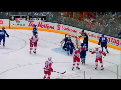 Hockey IQ - Mike Babcock catches Toronto's 4th line with Pavel Datsyuk
