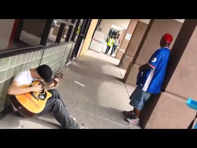 Amazing jam session – Three random guys sing together