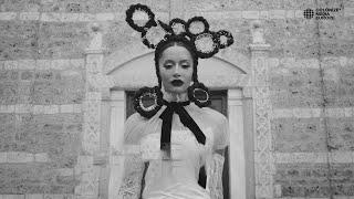 Смотреть клип Dafina Zeqiri - Zili Zili