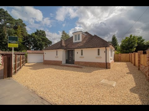A Detached Bungalow For Sale in Fleet