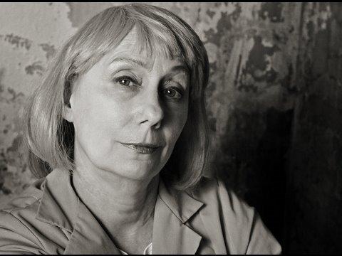 Mink Stole talks about STUCK! her new women-in-prison film