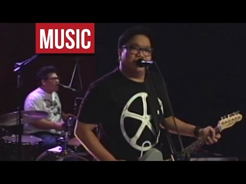 "Itchyworms - ""Gusto Ko Lamang Sa Buhay"" Live!"