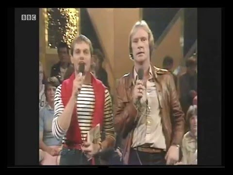 Dennis Waterman on Top Of The Pops 9th Oct 1980