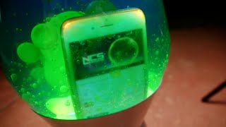 Download iPhone 6 Dropped Inside a Lava Lamp! Mp3 and Videos