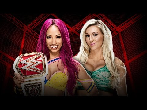 WWE Hell in a Cell 2016 - Sasha Banks vs Charlotte