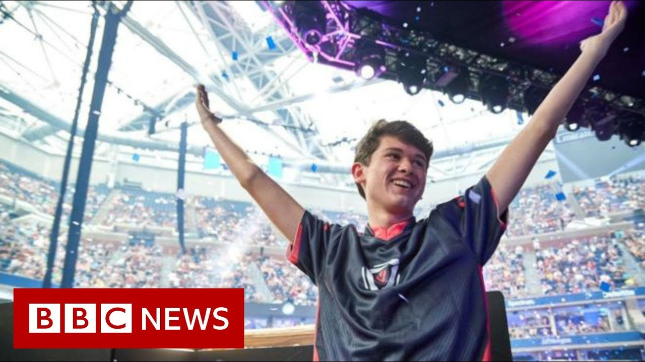 US teenager wins $3m as Fortnite world champion - BBC News