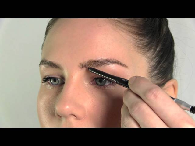 Make Up Tutorial Video How To Fill In Your Eyebrows