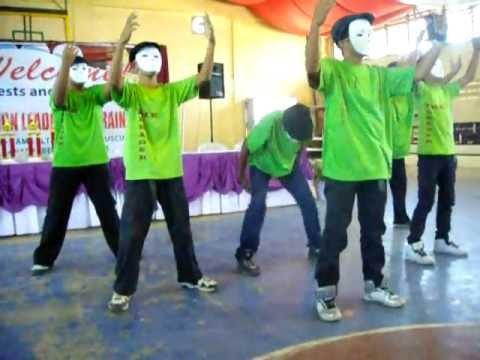 BNHS modern dance performance