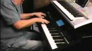 Boogie Woogie Piano Tommy Johnson.avi