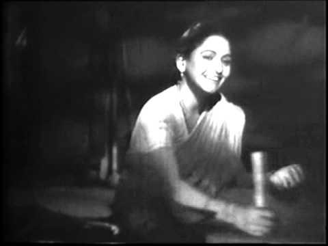 'Suniye pandharinath ji...' in 'Sant Janabai'(1949)