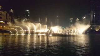 Dubai Musical Fountain with Arabic song....awesome...!!