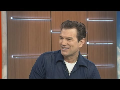 In full: Chris Isaak speaks to ABC News Breakfast