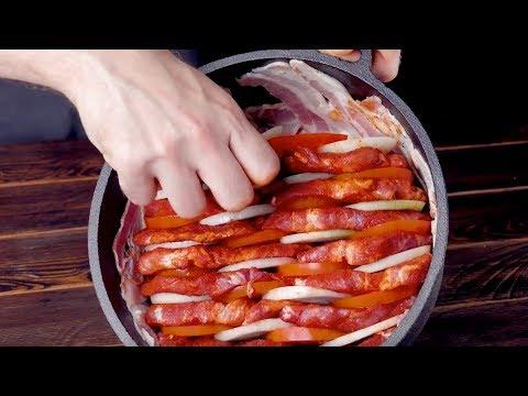 Inclina la olla hacia arriba y apila 3 ingredientes claves dentro