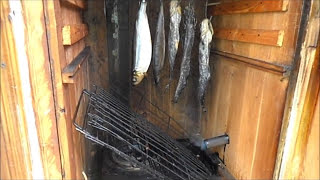 Коптильня  горячего-холодного копчения .My fishing .Smokehouse hot smoked .(Коптильня горячего-холодного копчения мяса,рыбы,сала.Smokehouse hot smoked .Подпишись на мой каналhttps://www.youtube.com/channel/U..., 2015-08-02T02:33:13.000Z)