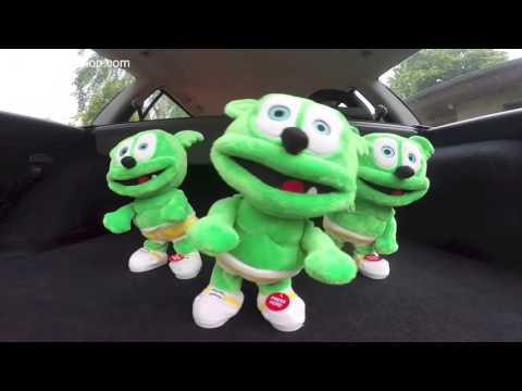 Gummibär FAST Hey Look! Creepy Live Action Gummy Bear Song