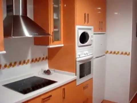 Cocina glass naranja y blanco youtube - Pintar muebles de melamina fotos ...