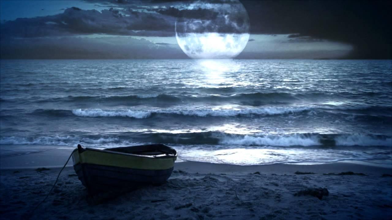 прилив поднимает все лодки