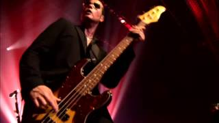 Stone Temple Pilots - Trippin' On Hole In Paper Heart [Alive in the Windy City] HD