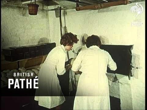 Ye Olde Bakery Aka Village Bakery (1962)