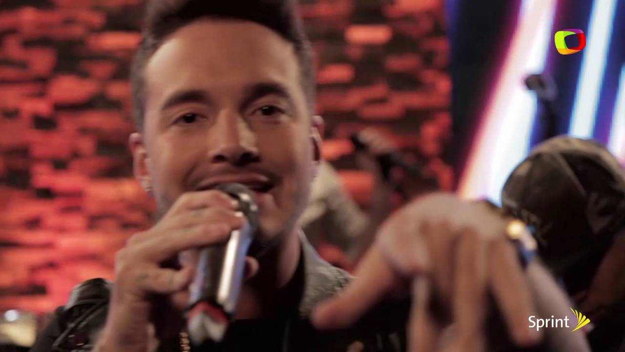 Download J Balvin - Yo te lo Dije en vivo