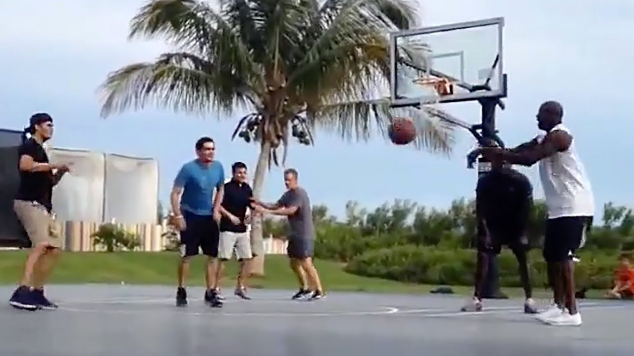 76eba85d14e5 Tom Brady Plays Basketball With Michael Jordan