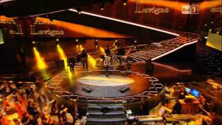 Avril Lavigne - Sanremo 2011 + What The Hell Parade