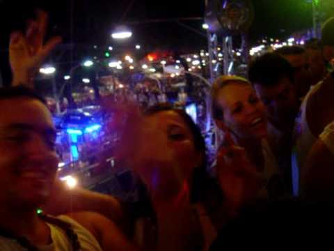 chiclete com banana flutuar 2009