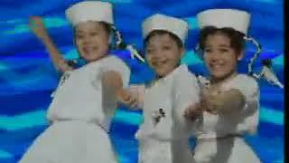 Saskia, Angie, Geofanny - Hello Dangdut