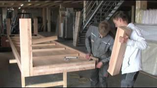 Herstellung eines 5 Meter langen Massivholztisches bei MÖBEL EINS