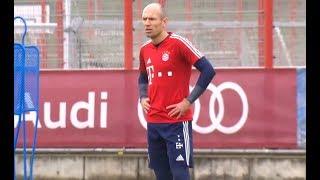 GEDREVEN   Robben boos op Rafinha: \