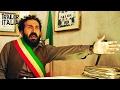 Omicidio All Italiana Trailer Ufficiale La Nuova Commedia Di Maccio Capatonda mp3