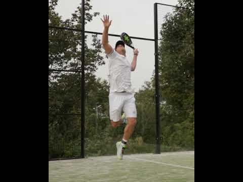 OSAKA - De Vildeste Ketchere til 'PADEL TENNIS'