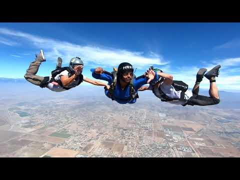 SKYDIVING AFF LEVEL 1 JUMP
