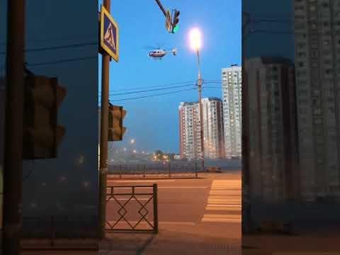 Вертолёт приземлился около Рио Москва Дмитровка