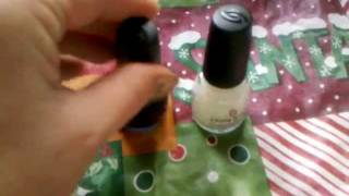 "China Glaze ""Let it Snow"" + Gem Crush + Loreal Nailpolishes Thumbnail"