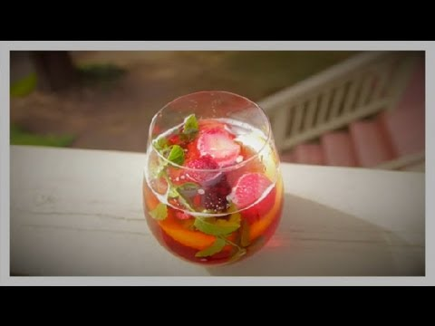 How to Make Homemade Fruit Punch : Party Punch
