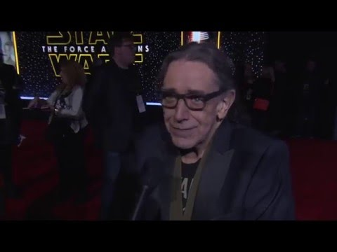 """Star Wars - The Force Awakens: Peter Mayhew """"Chewbacca"""" Red Carpet Interview"""