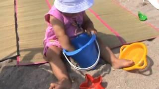 Maya Mihaela-Ma joc in nisip