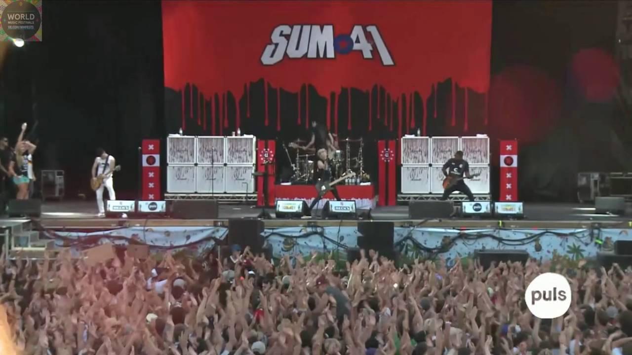 Resultado de imagen de Sum 41 - Live 2016 Full Show HD - Impressive Light Show - The Green Cabaret Festival