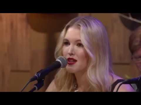 "Ashley Campbell Performs ""Remembering"" on Country's Family Reunion's New Series ""Kickin' Back"""