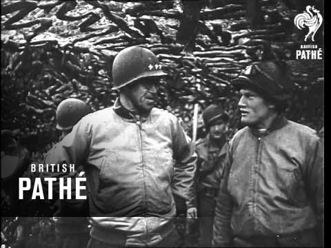 General Bradley Fires Gun (1940-1949)
