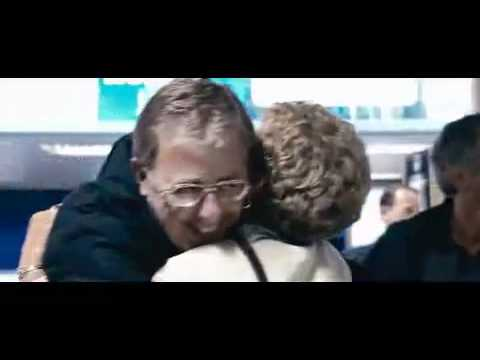 LOVE ACTUALLY opening scene : heathrow airport