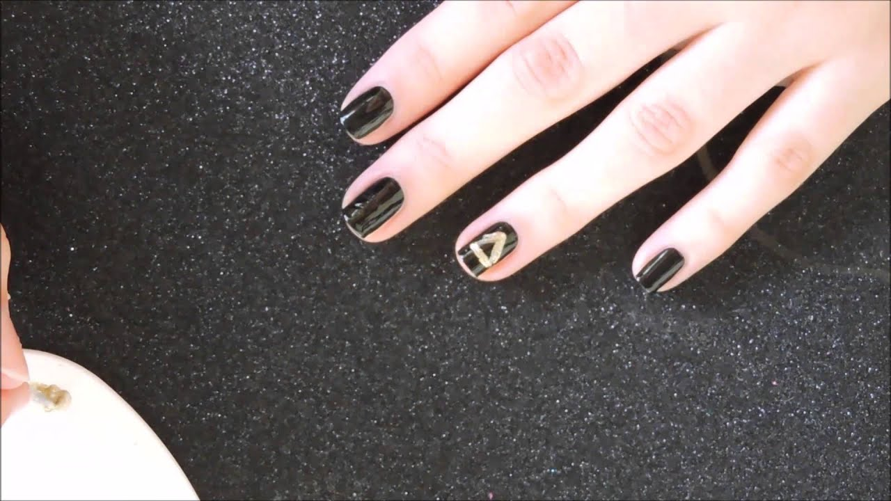 Nail Art Triforce Zelda